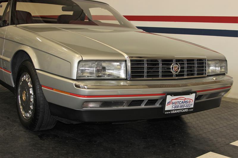 1987 Cadillac Allante 9