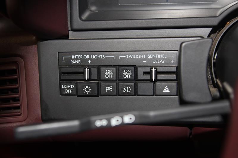 1987 Cadillac Allante 25