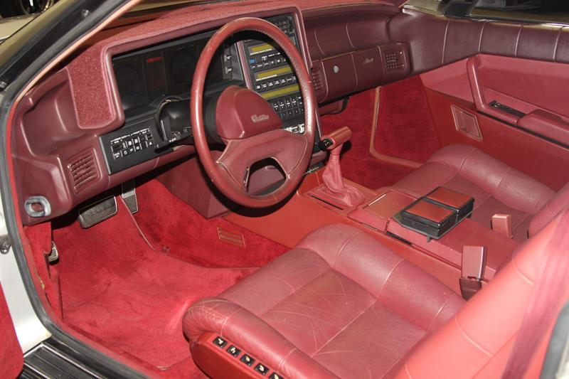 1987 Cadillac Allante 20