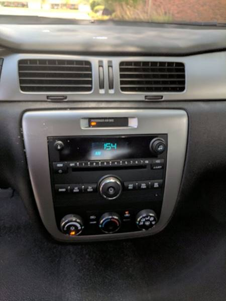 2013 Chevrolet Impala Police 4dr Sedan w/3FL - Tremont IL