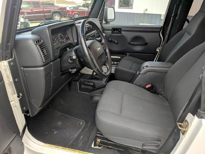 2006 Jeep Wrangler Sport 2dr SUV 4WD - Tremont IL