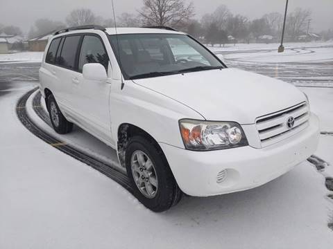 2004 Toyota Highlander for sale at Tremont Car Connection in Tremont IL