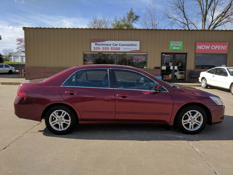 2006 Honda Accord EX 4dr Sedan 5A w/Leather - Mackinaw IL