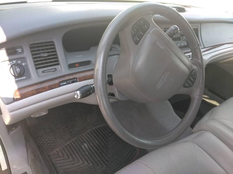 1997 Lincoln Town Car Signature 4dr Sedan - Mishawaka IN