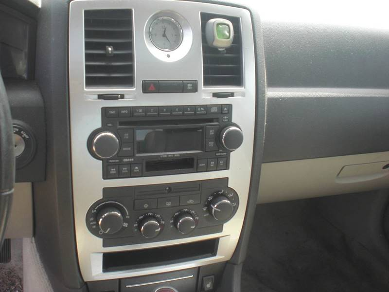2006 Chrysler 300 C 4dr Sedan - Mishawaka IN
