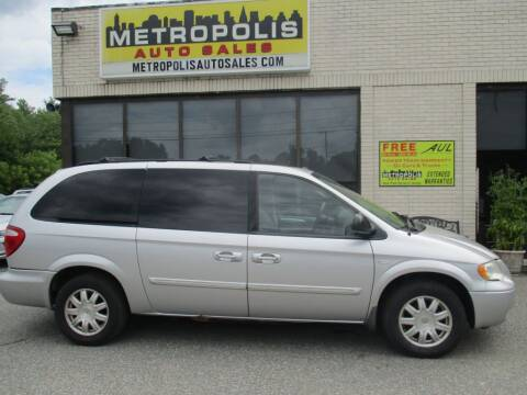 2006 Chrysler Town and Country for sale at Metropolis Auto Sales in Pelham NH
