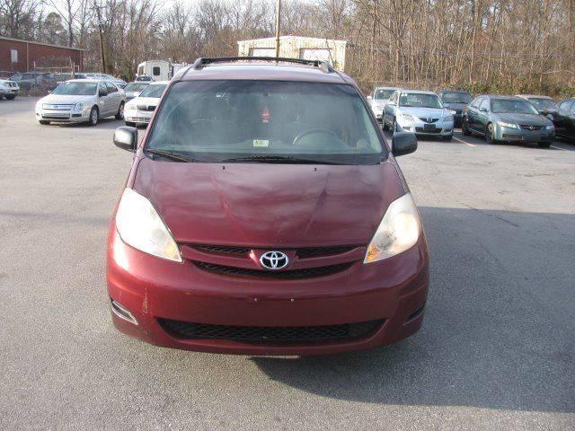 2007 Toyota Sienna LE 7-Passenger 4dr Mini-Van - Greensboro NC