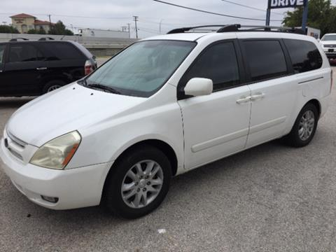 2008 Kia Sedona for sale at AARONS AUTOS in Temple TX