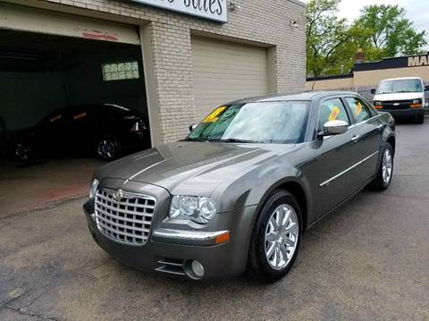 2008 Chrysler 300 for sale at New Clinton Auto Sales in Clinton Township MI