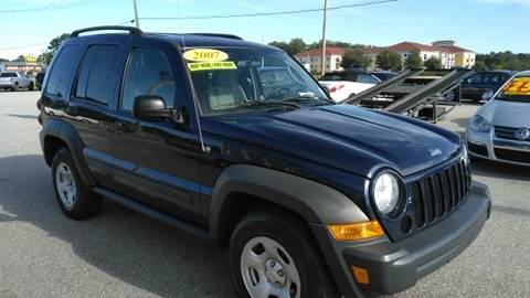 2007 Jeep Liberty for sale at Kelly & Kelly Supermarket of Cars in Fayetteville NC