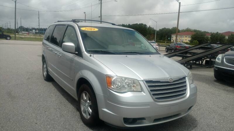 2009 Chrysler Town and Country Touring 4dr Mini-Van - Fayetteville NC