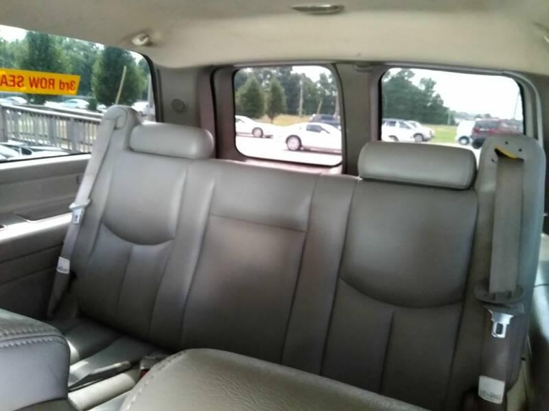 2003 Chevrolet Suburban 1500 LT 4WD 4dr SUV - Fayetteville NC