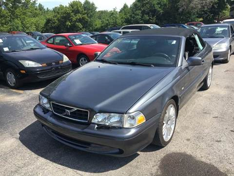 2004 Volvo C70 for sale at Best Buy Auto Sales in Murphysboro IL