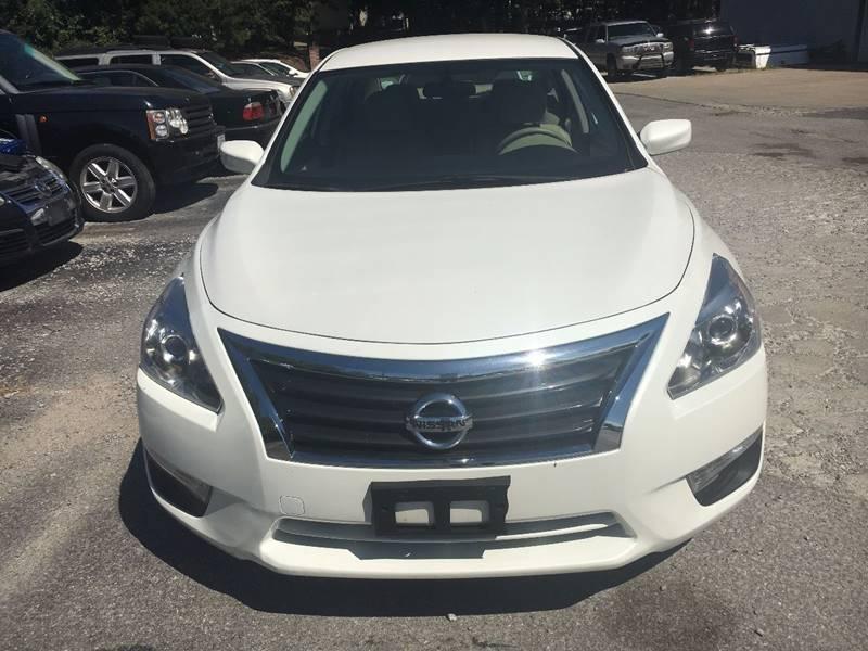2015 Nissan Altima 2.5 S 4dr Sedan - Murphysboro IL