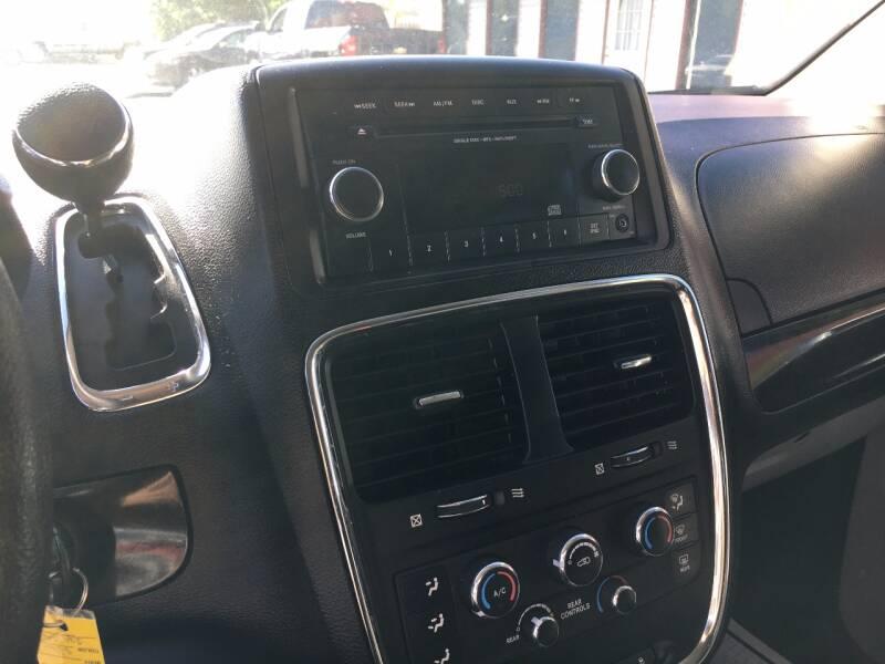 2012 Dodge Grand Caravan SE 4dr Mini-Van - Murphysboro IL