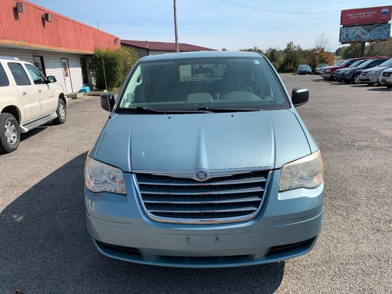 2010 Chrysler Town and Country LX 4dr Mini-Van w/25B - Murphysboro IL