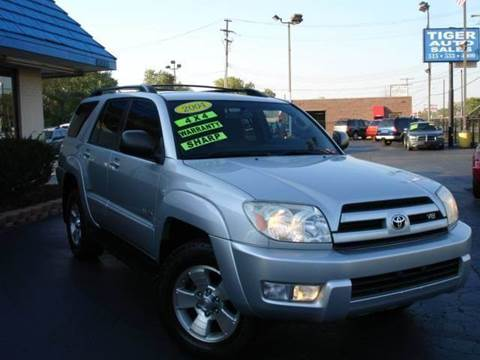 2004 Toyota 4Runner for sale at TIGER AUTO SALES INC in Redford MI