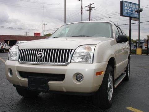 2005 Mercury Mountaineer for sale at TIGER AUTO SALES INC in Redford MI