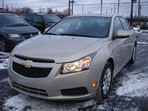 2011 Chevrolet Cruze for sale at TIGER AUTO SALES INC in Redford MI