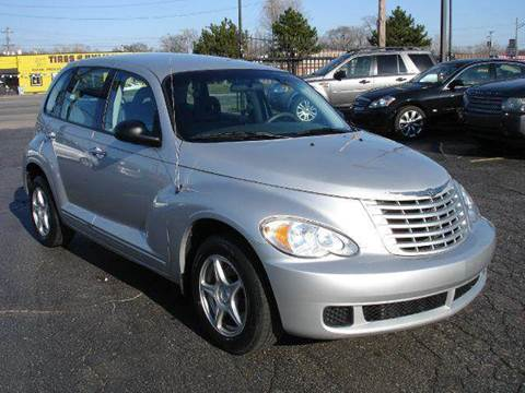 2008 Chrysler PT Cruiser for sale at TIGER AUTO SALES INC in Redford MI