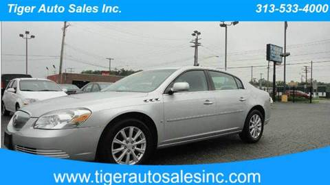 2009 Buick Lucerne for sale at TIGER AUTO SALES INC in Redford MI