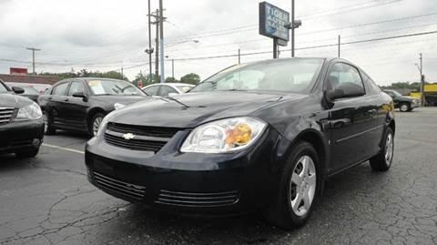 2008 Chevrolet Cobalt for sale at TIGER AUTO SALES INC in Redford MI