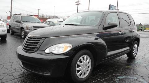 2009 Chrysler PT Cruiser for sale at TIGER AUTO SALES INC in Redford MI