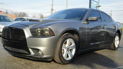 2011 Dodge Charger for sale at TIGER AUTO SALES INC in Redford MI
