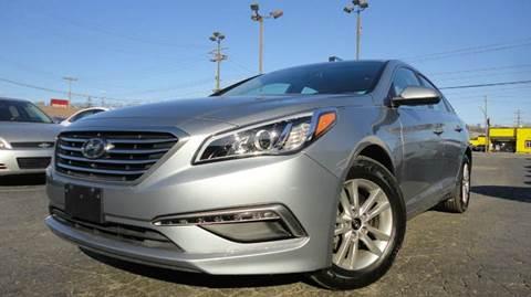 2015 Hyundai Sonata for sale at TIGER AUTO SALES INC in Redford MI