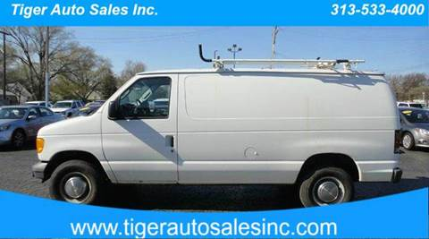 2006 Ford E-Series Cargo for sale at TIGER AUTO SALES INC in Redford MI