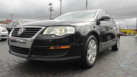 2006 Volkswagen Passat for sale at TIGER AUTO SALES INC in Redford MI