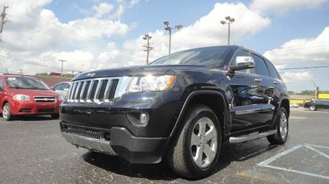2011 Jeep Grand Cherokee for sale at TIGER AUTO SALES INC in Redford MI