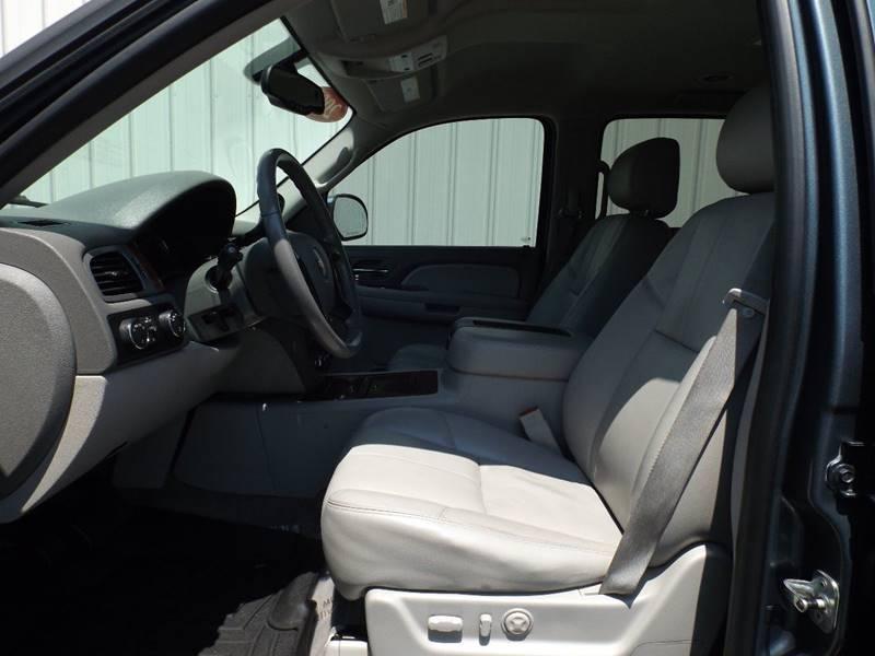 2008 Chevrolet Suburban 4x4 LTZ 1500 4dr SUV - Mountain Home AR