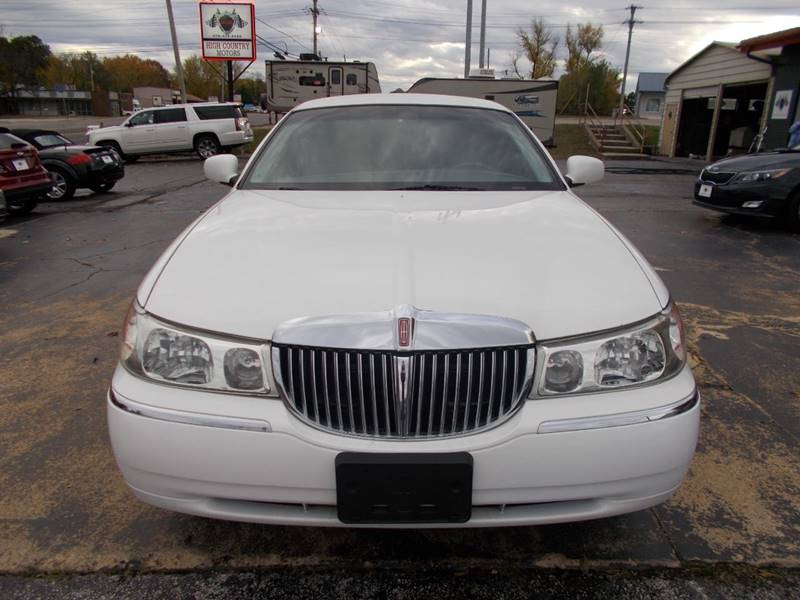 1998 Lincoln Town Car Executive 4dr Sedan W Limousine Builder