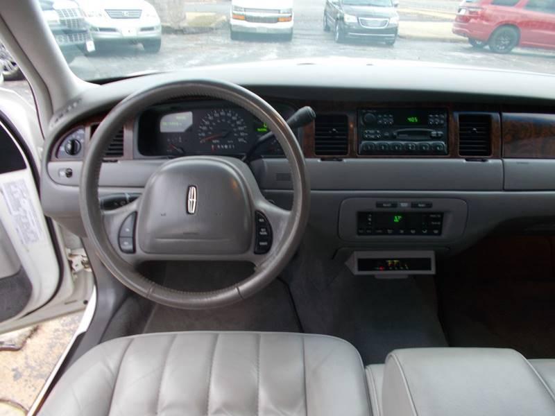 1998 Lincoln Town Car Executive 4dr Sedan W Limousine Builder