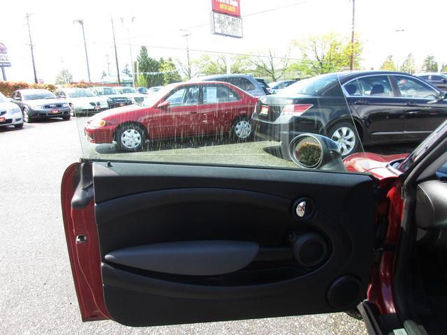 2009 MINI Cooper 2dr Hatchback - Lynnwood WA