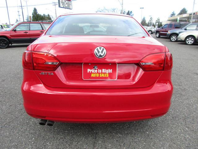 2014 Volkswagen Jetta S 4dr Sedan 5M - Lynnwood WA