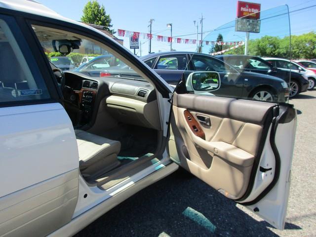 2004 Subaru Outback AWD H6-3.0 L.L. Bean Edition 4dr Wagon - Lynnwood WA
