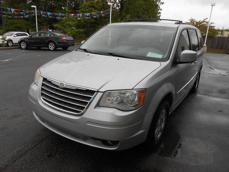 2010 chrysler town and country touring 4dr mini van in monroe nc auto america. Black Bedroom Furniture Sets. Home Design Ideas