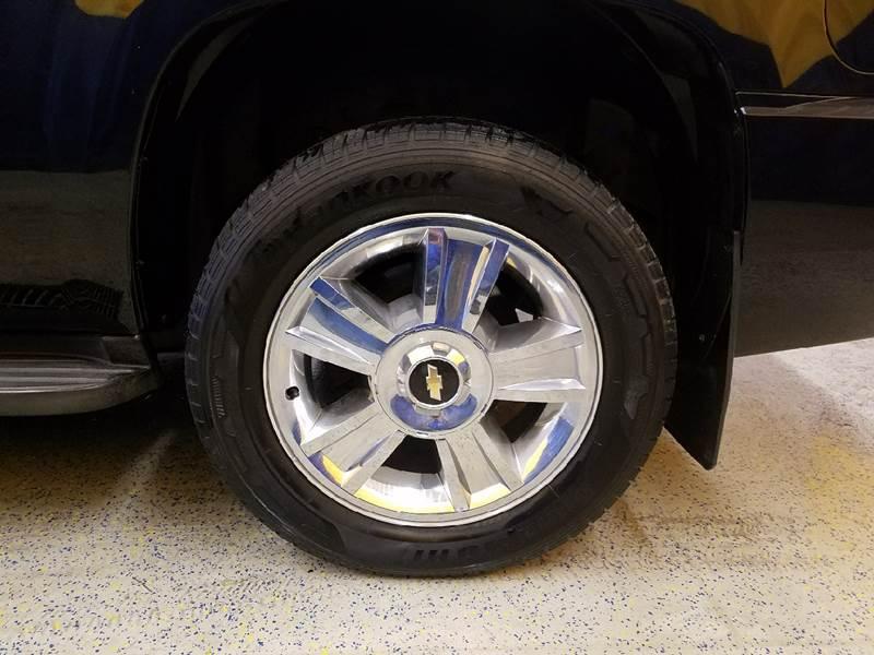 2009 Chevrolet Tahoe 4x4 LTZ 4dr SUV - Auburn IN