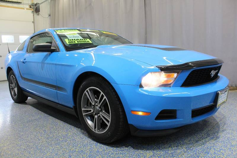 2011 Ford Mustang V6 2dr Coupe - Warsaw IN