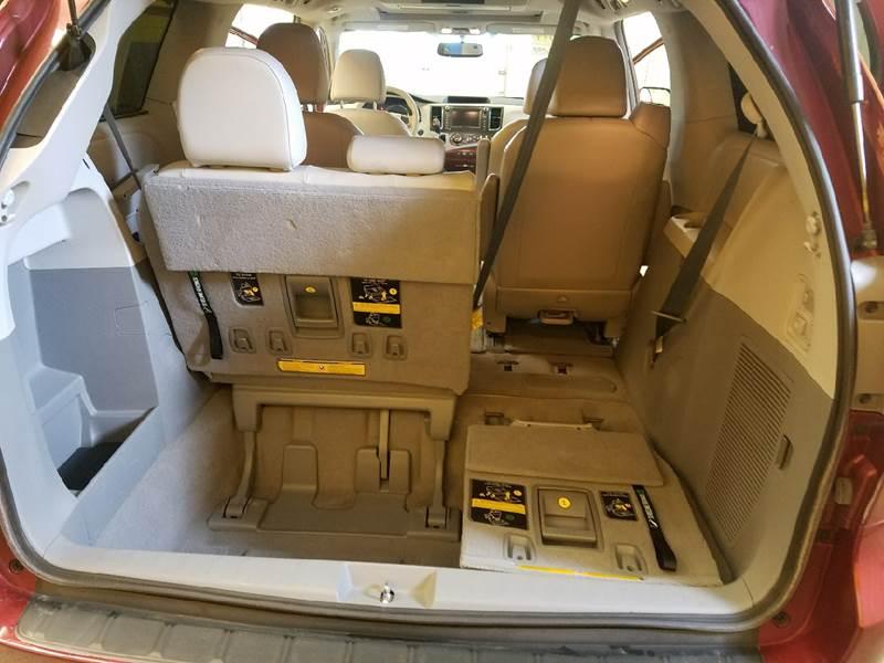 2011 Toyota Sienna AWD XLE 7-Passenger 4dr Mini-Van - Auburn IN