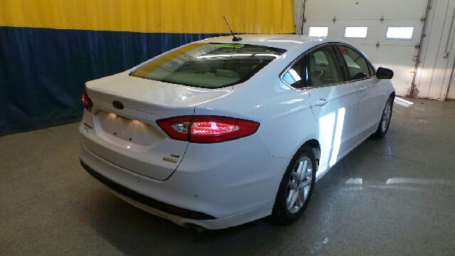 2015 Ford Fusion SE 4dr Sedan - Auburn IN