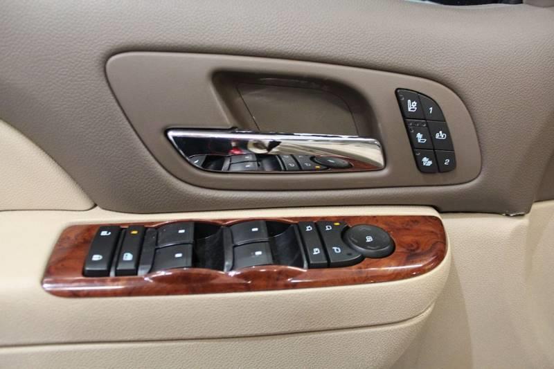 2012 Chevrolet Suburban LTZ 1500 4x4 4dr SUV - Warsaw IN