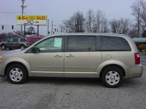 2009 Dodge Grand Caravan for sale at BELL AUTO & TRUCK SALES in Fort Wayne IN