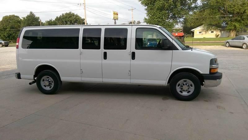 2015 Chevrolet Express Passenger LT 3500 3dr Extended Passenger Van w/1LT - Fairbury NE