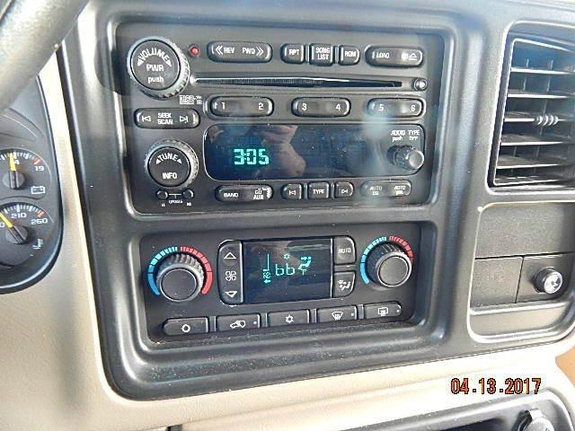 2006 GMC Yukon SLT 4dr SUV 4WD - Clearfield UT