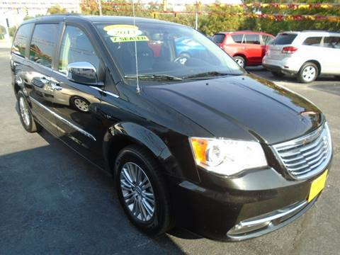 2013 Chrysler Town and Country for sale at River City Auto Sales in Cottage Hills IL