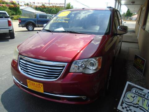 2011 Chrysler Town and Country for sale at River City Auto Sales in Cottage Hills IL
