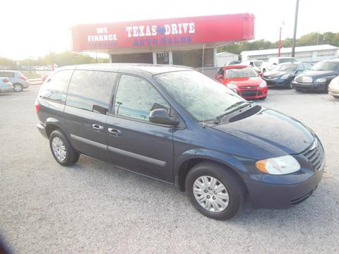 2007 Chrysler Town and Country for sale in Garland, TX